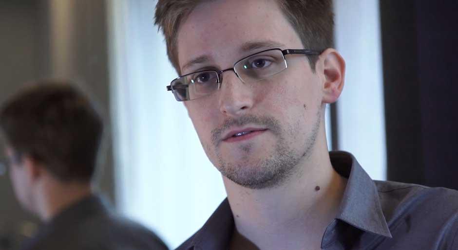 Snowden film wallpaper