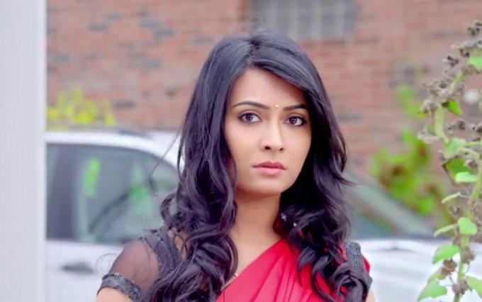 Zoom kannada movie heroine radhika pandit pictures