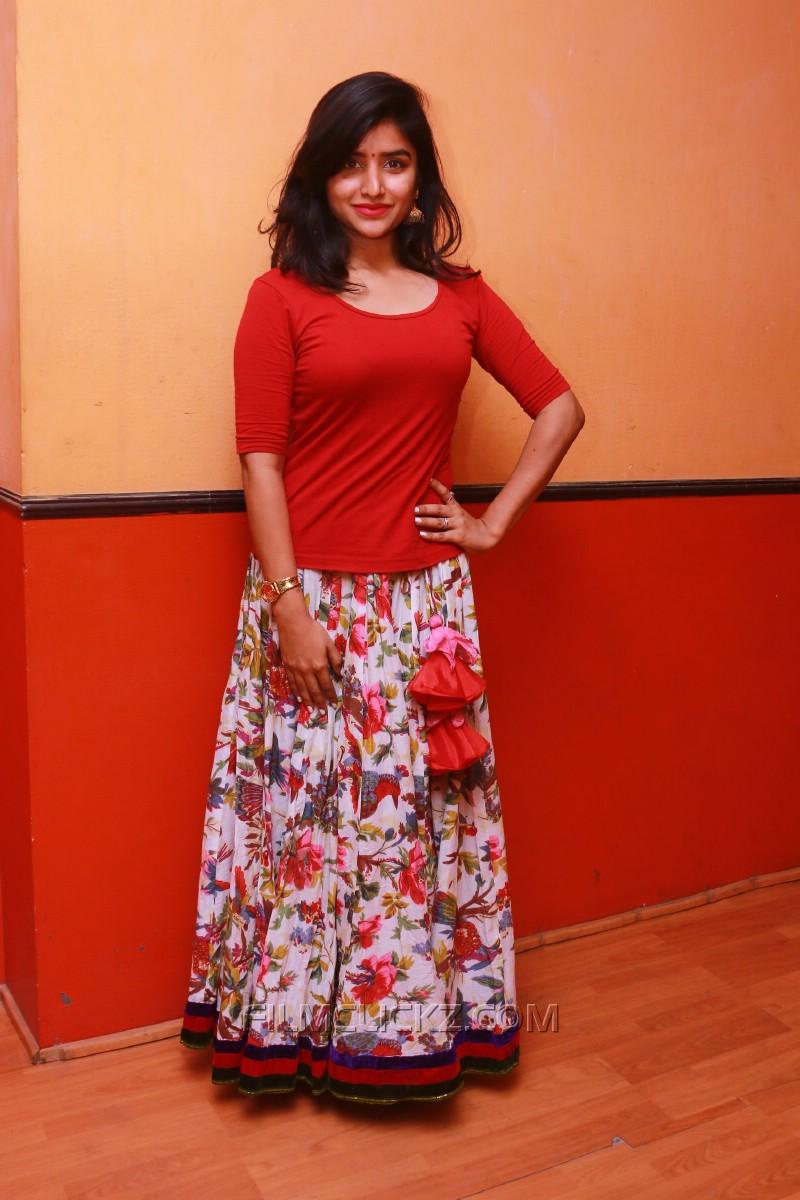 Atti actress asmitha images