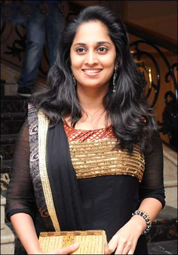 Actress shalini photos
