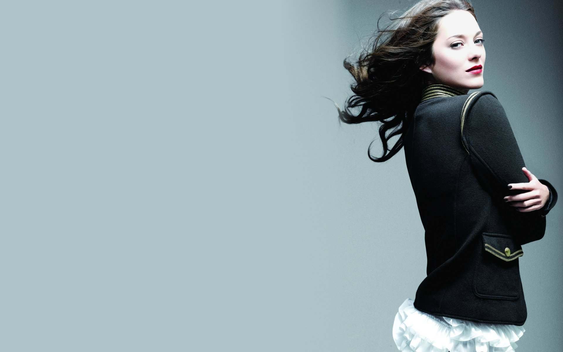 Hollywood actress marion cotillard hd hot pictures