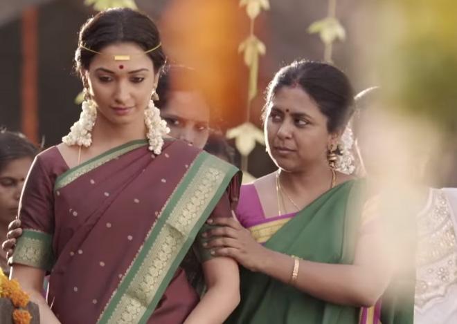 Tutak tutak tutiya tamanna saree pictures