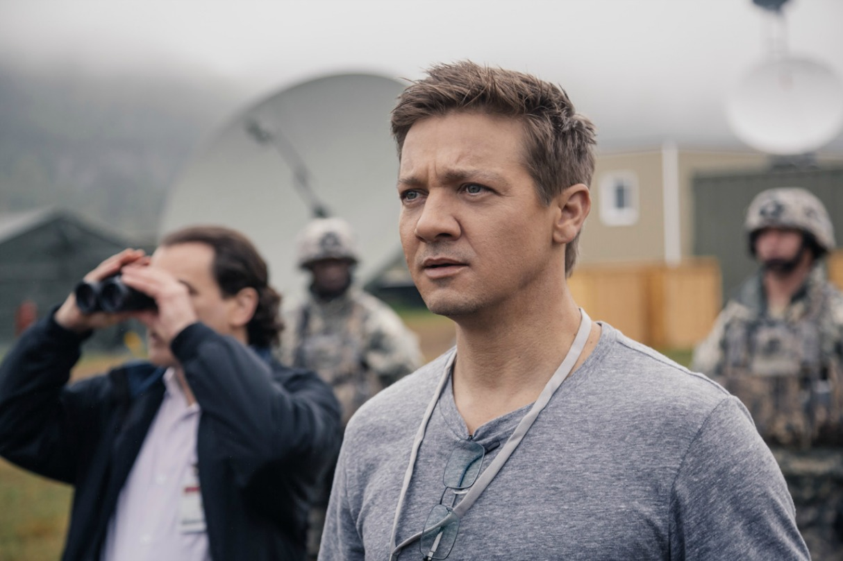 Arrival 2016 jeremy renner pictures