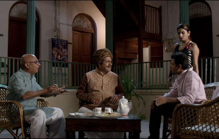 Carry on kesar bollywood movie photos