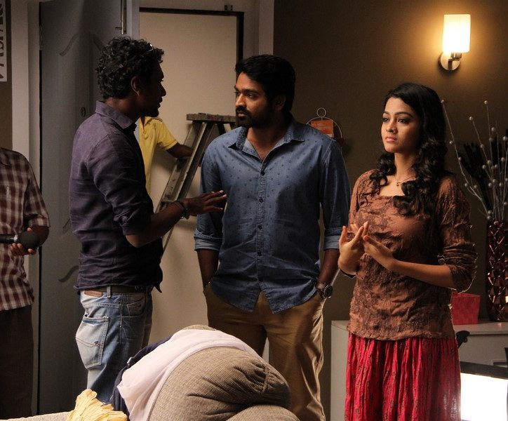Puriyaadha pudhir movie location photos