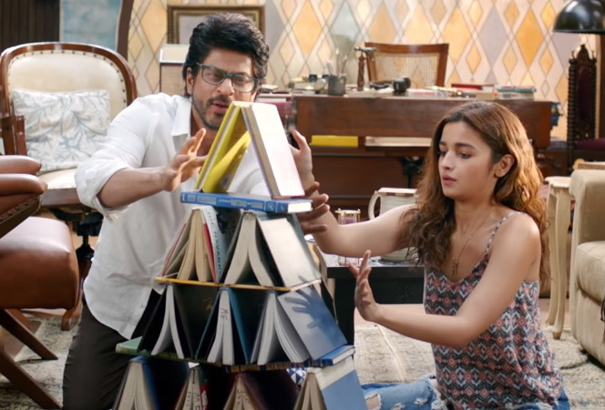 Shahrukh khan alia bhatt in dear zindagi film