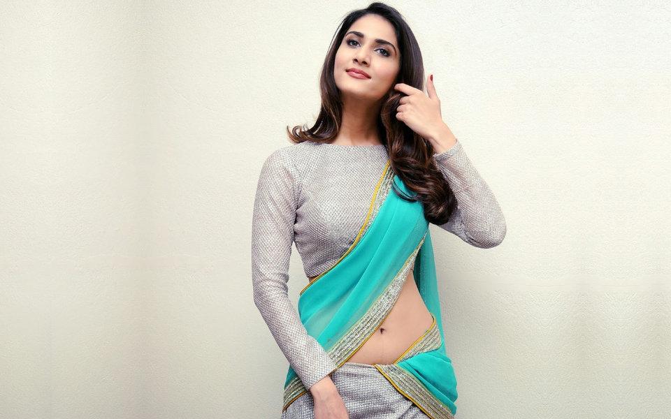 Vaani kapoor actress pictures
