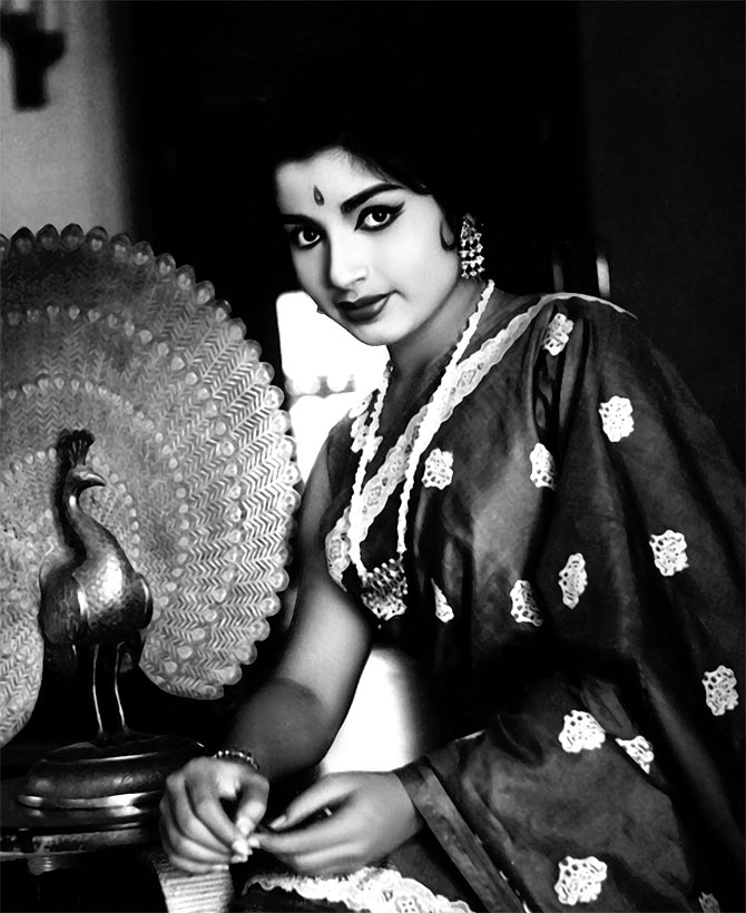 Jayalalitha youth photos