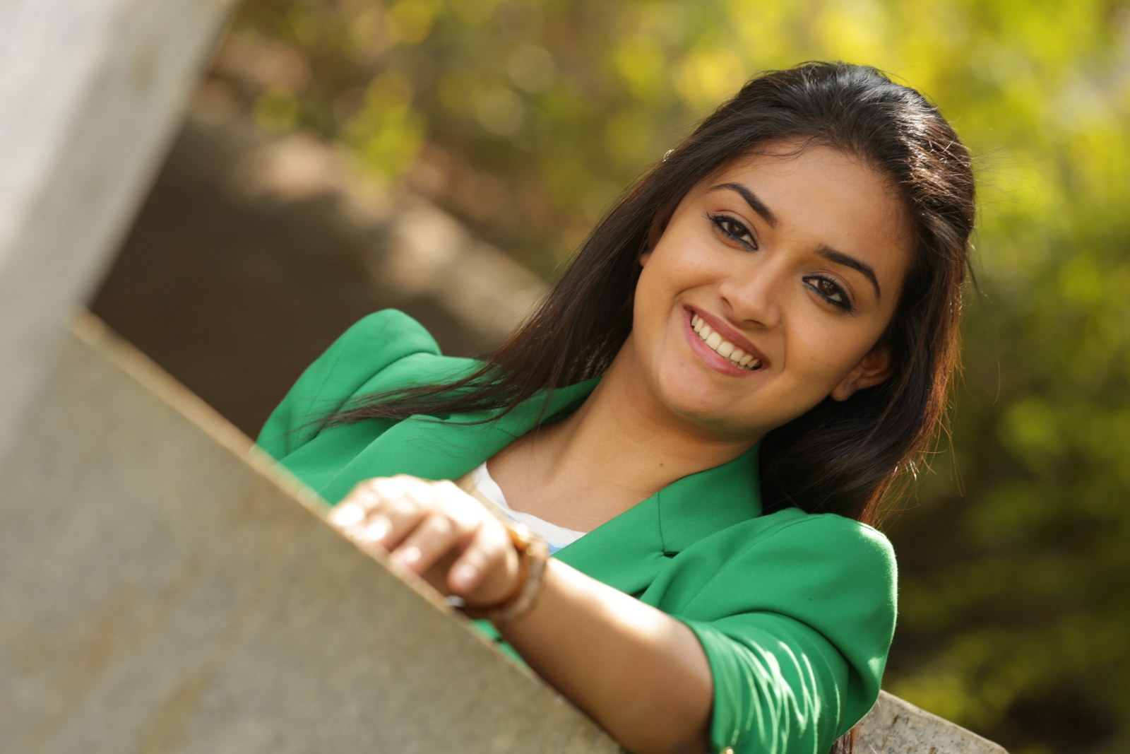 Keerthy suresh green dress pictures