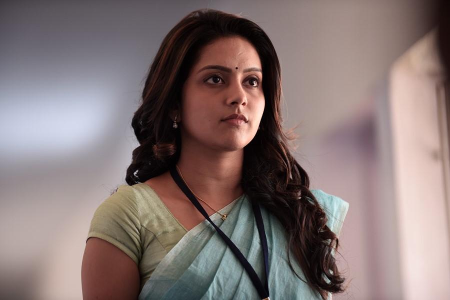 Kuttram 23 actress mahima nambiar pictures