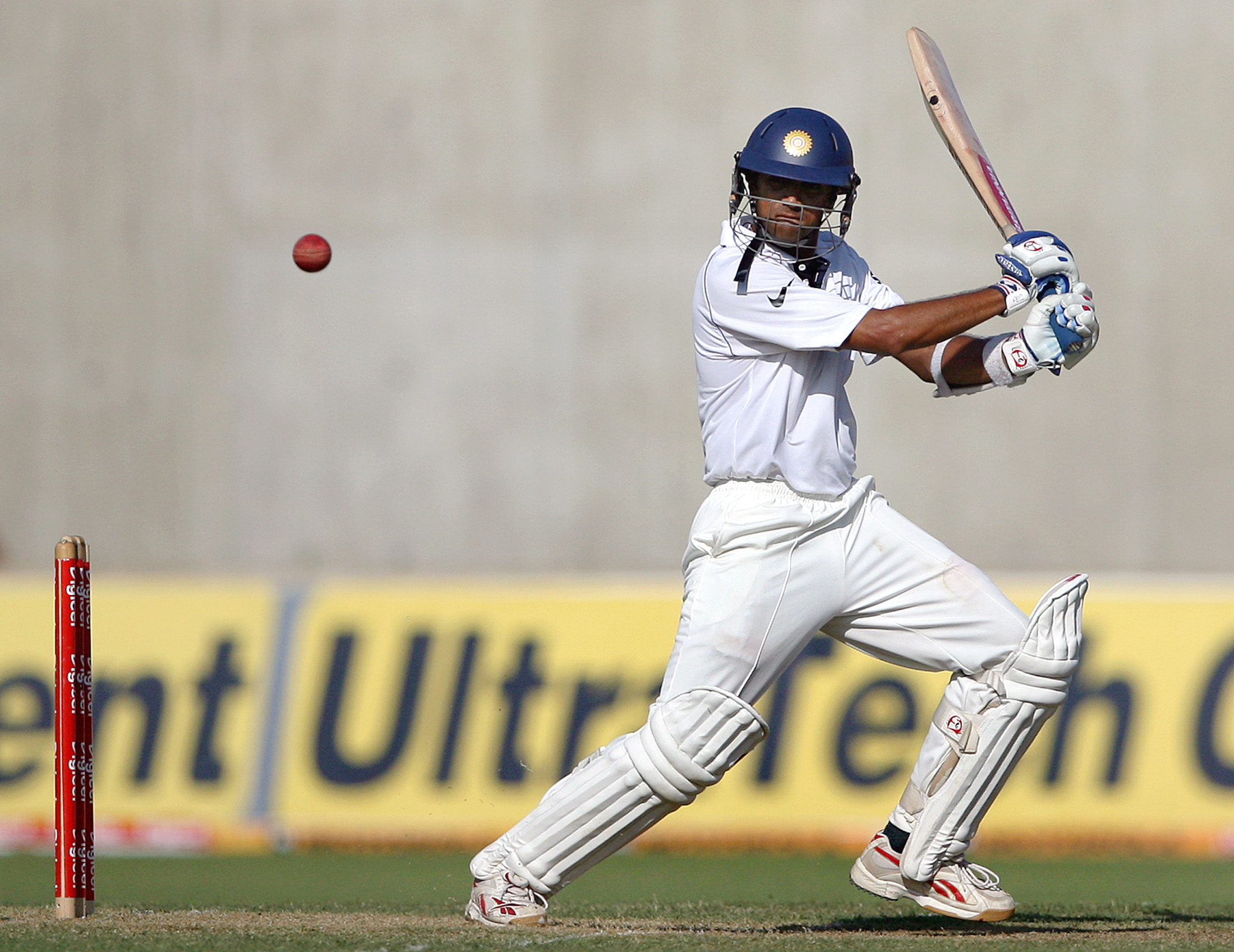 Rahul dravid bating photos