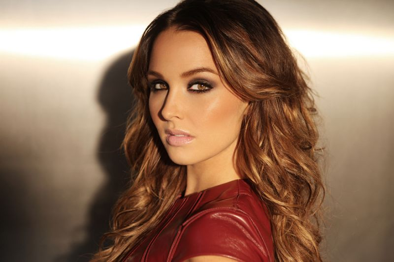 Camilla luddington face pictures
