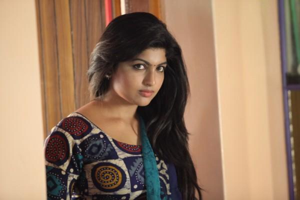 Kolanji actress adhira pictures