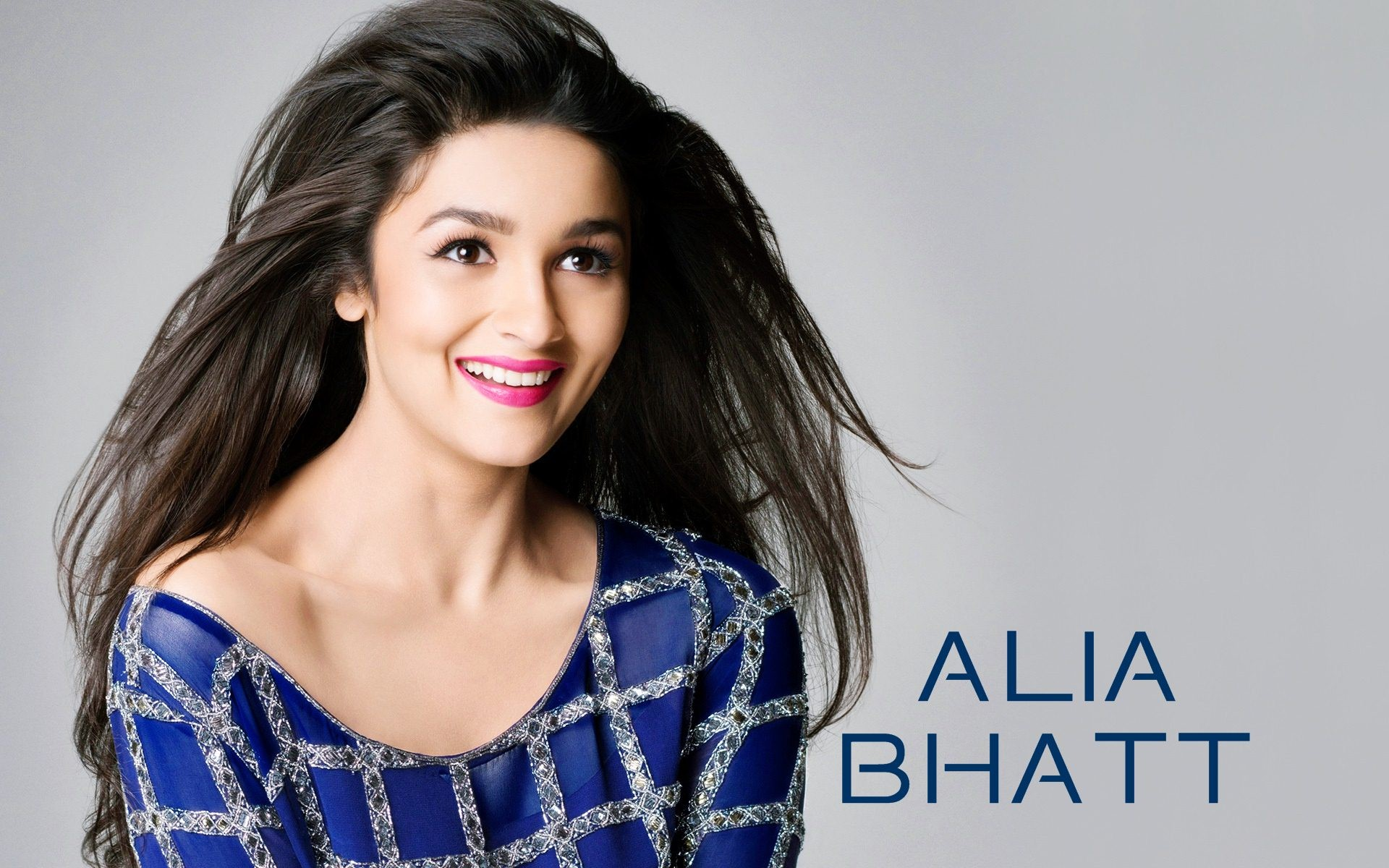 Alia bhatt actress cute wallpaper