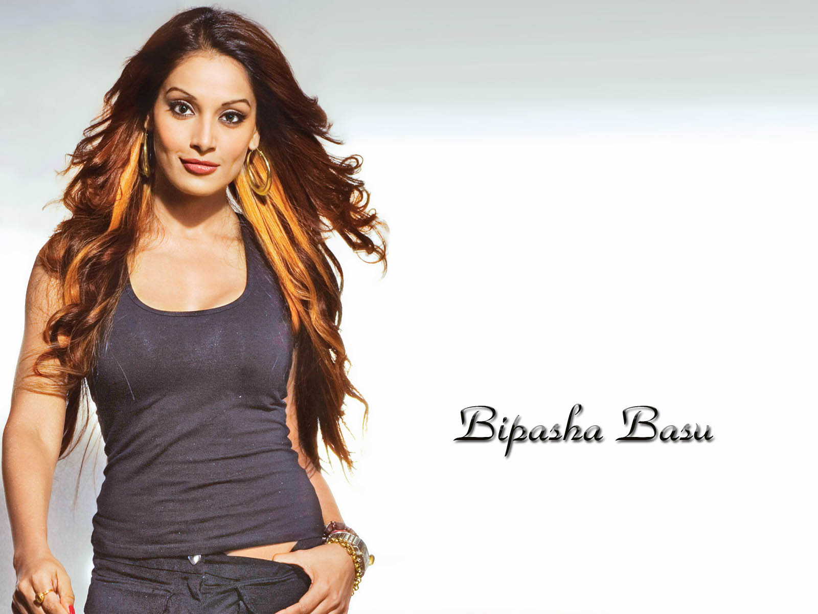 Bipasha basu actress wallpaper