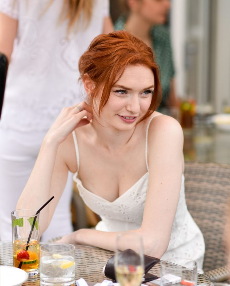 Eleanor tomlinson eating photos
