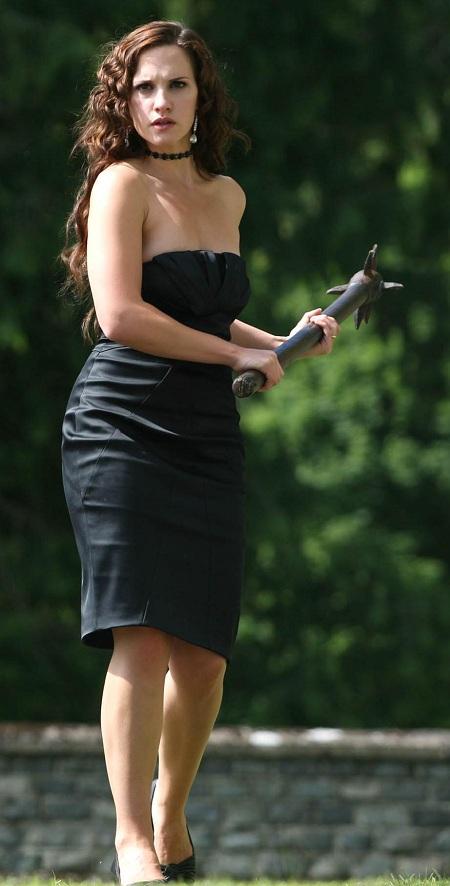 Ruth bradley black color dress photos