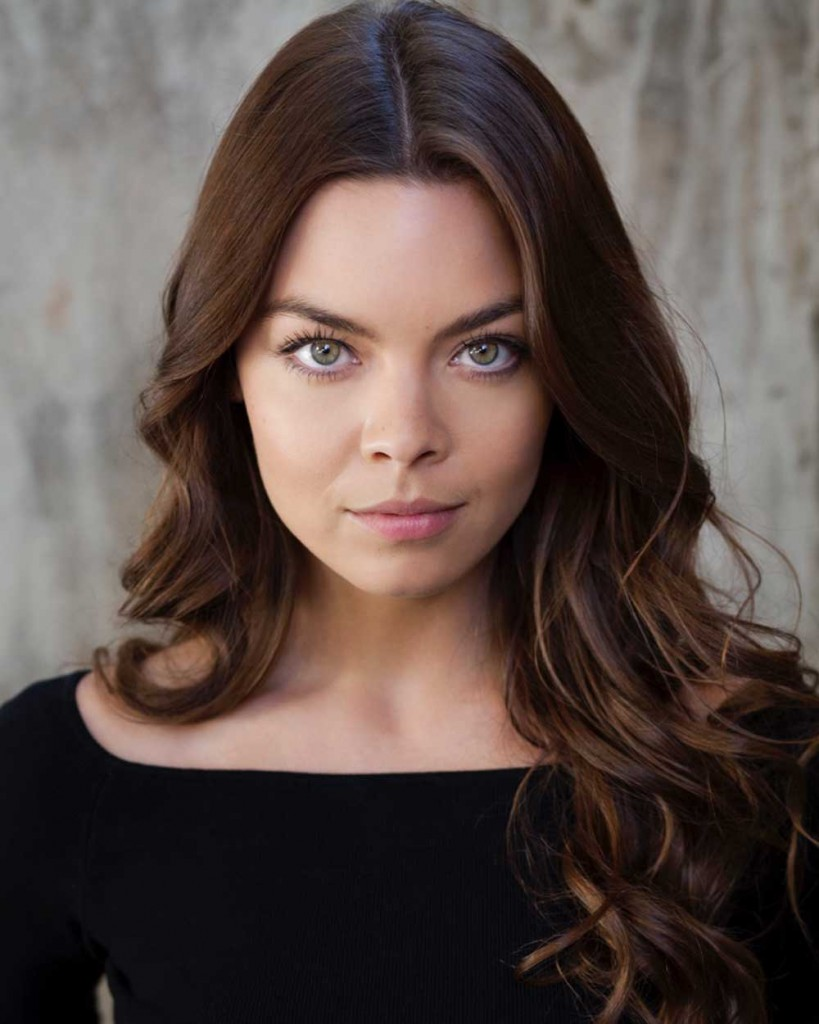 Scarlett byrne face photos