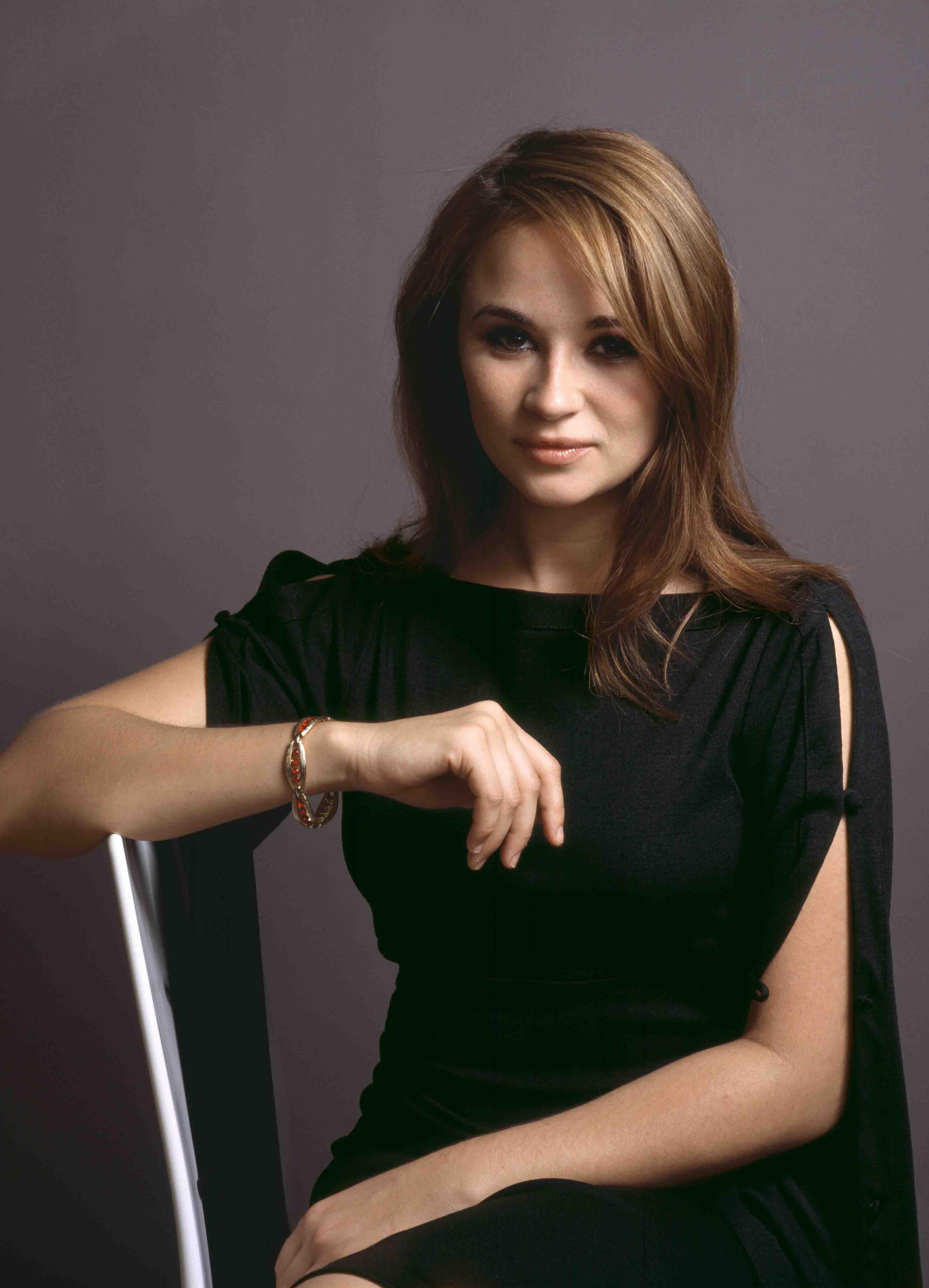 Emma pierson actress photos