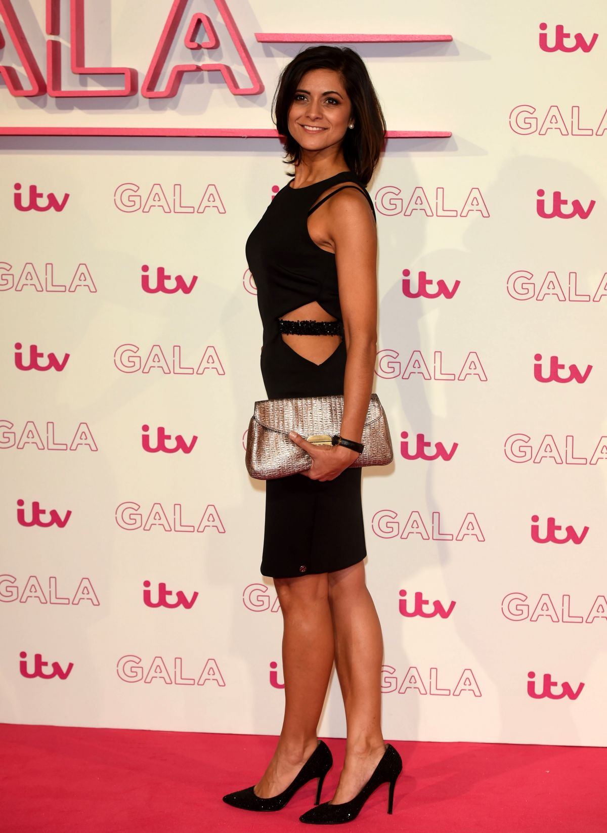 Lucy verasamy side look photos