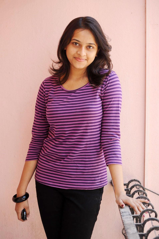 Sri divya cute photo t shirt purple color