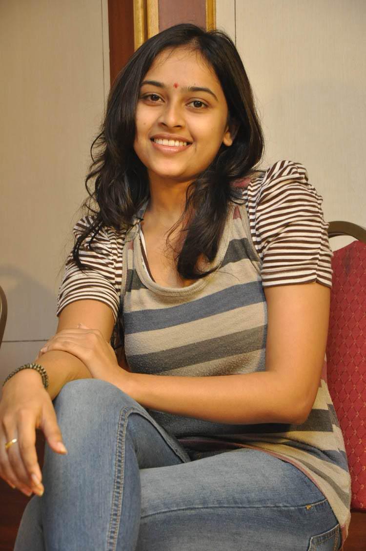 Sri divya jeans tshirt hot stills