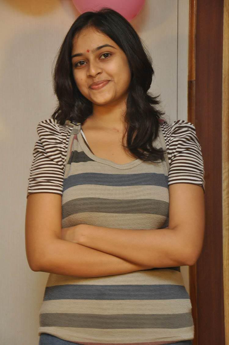 Sri divya jeans tshirt poses