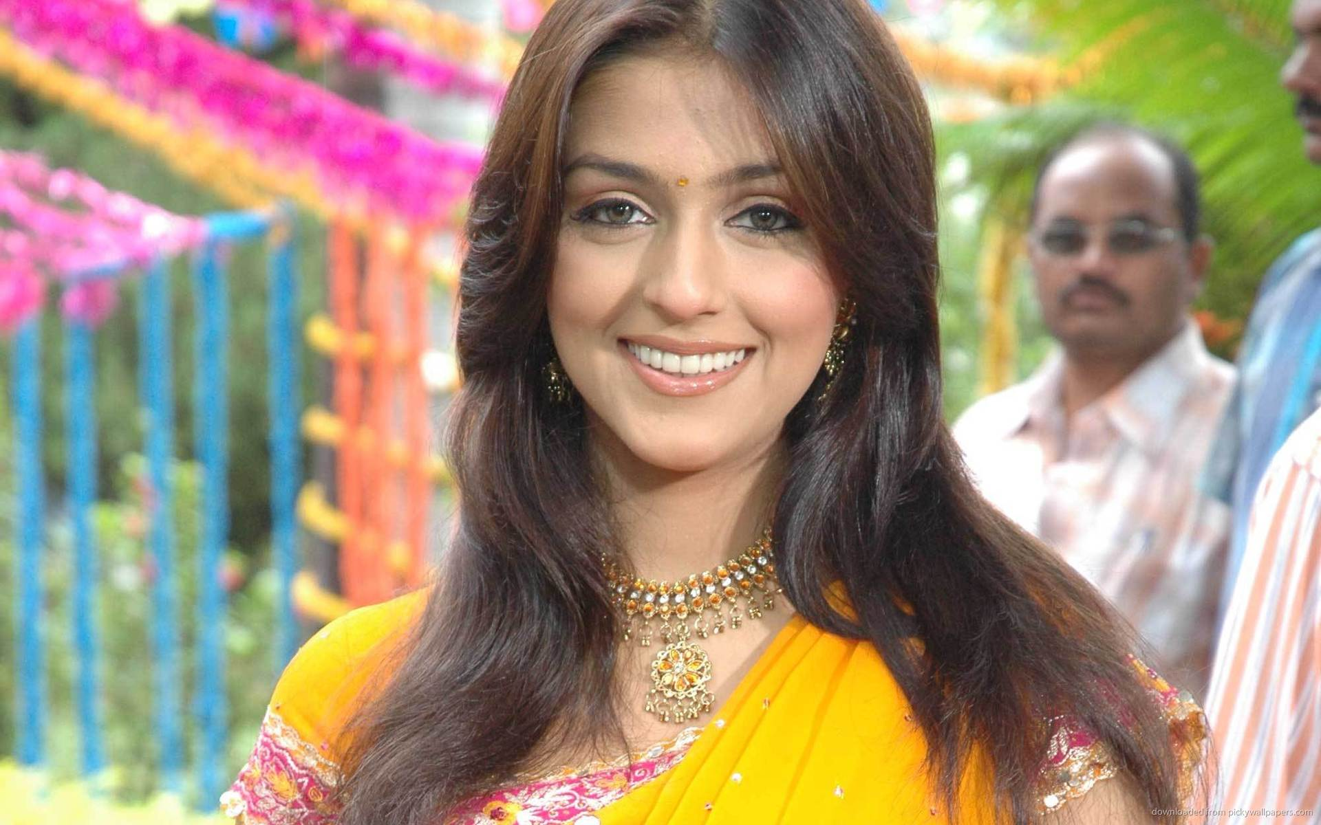 Aarti chhabria saree wallpapers