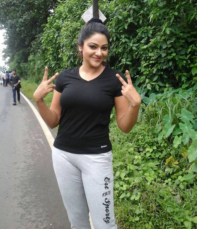 Abhirami tamil actress photos