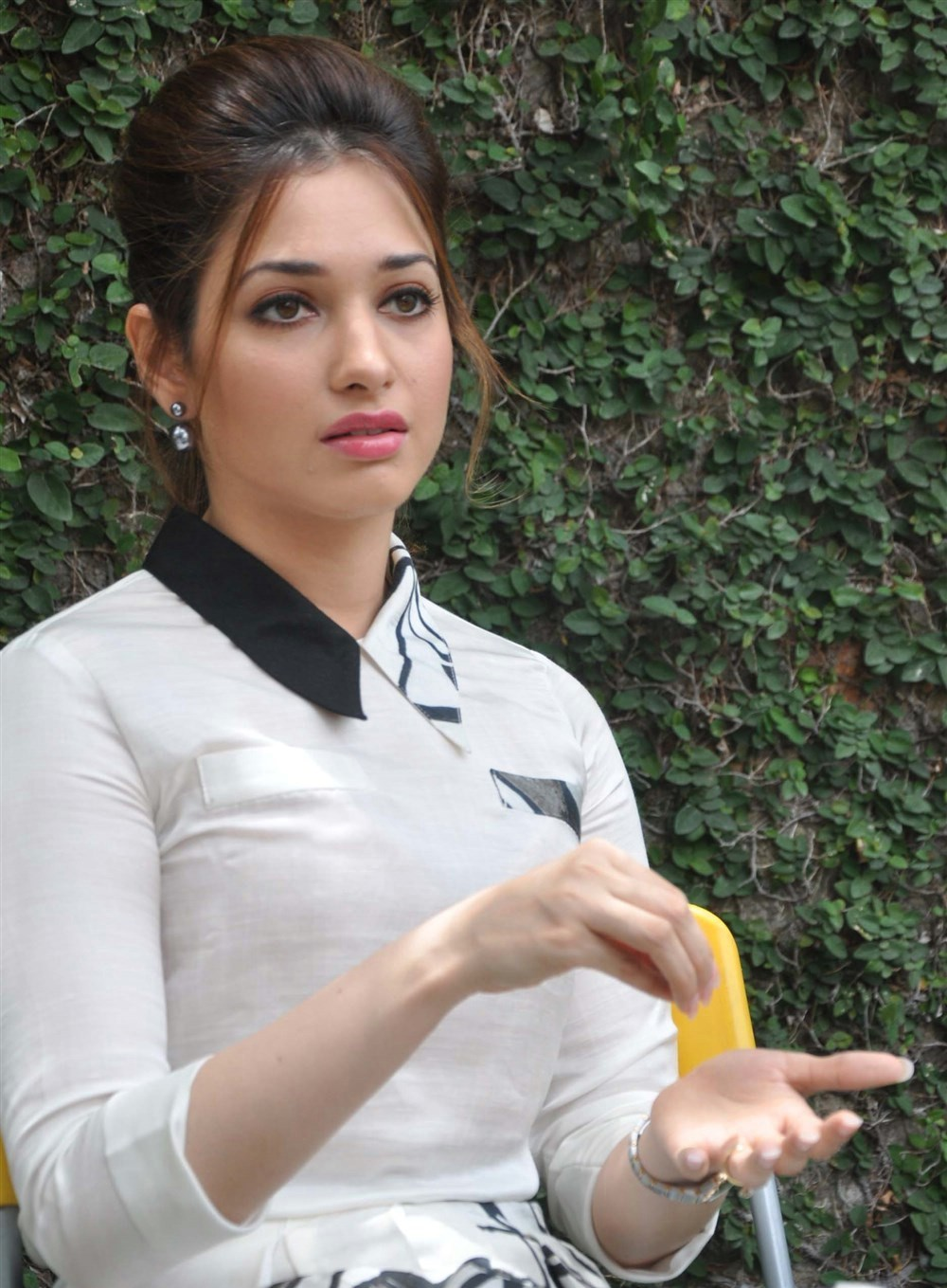 Actress tamanna bhatia beautiful white dress pictures