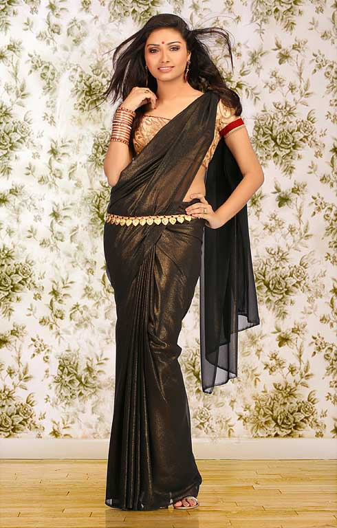 Aishwarya devan black saree photoshoot pics
