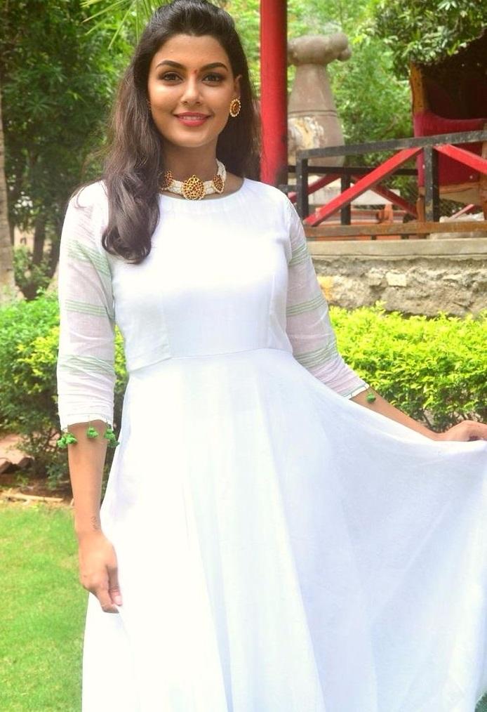 Anisha ambrose white dress wallpaper
