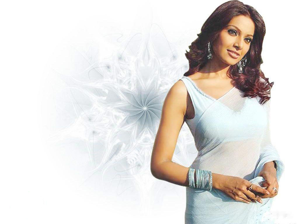 Bipasha basu white dress pictures