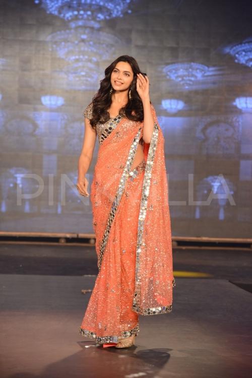 Deepika padukone orange saree pictures
