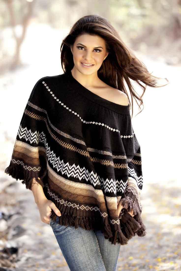 Jacqueline fernandez black color dress pictures