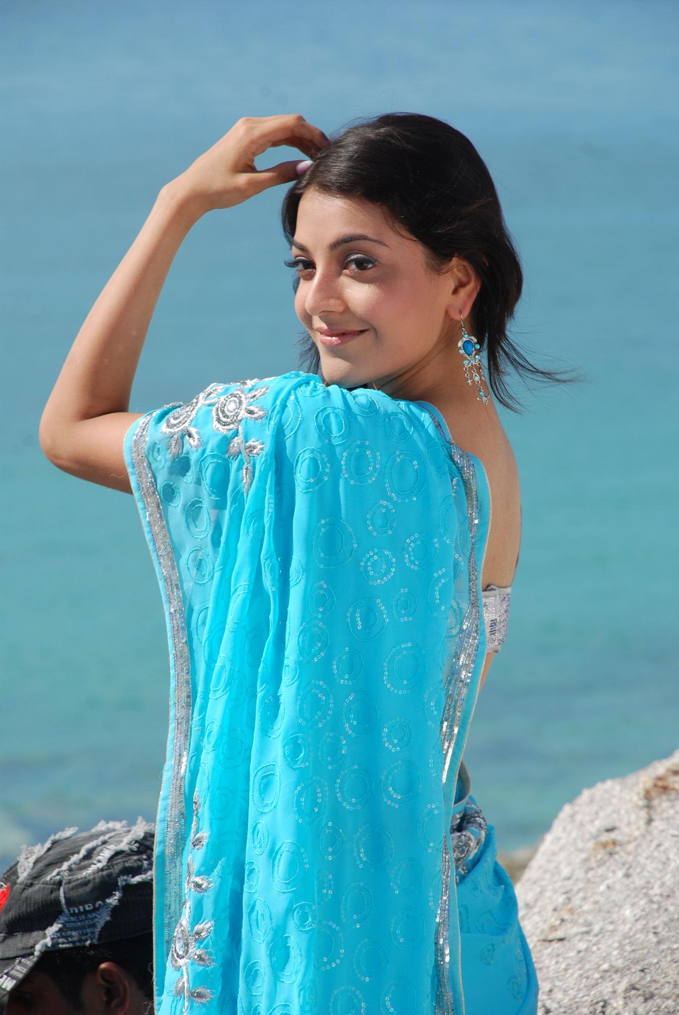 Kajal agarwal light blue saree desktop stills