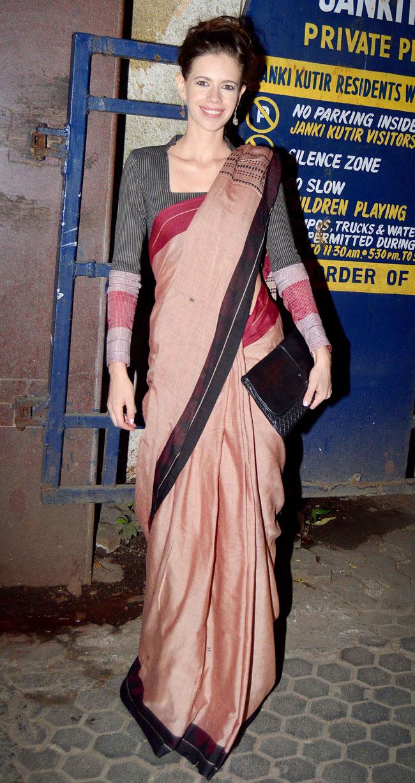 Kalki koechlin saree in street photos