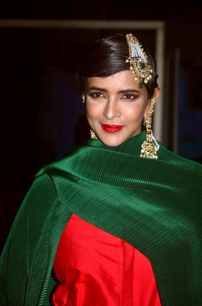 Lakshmi manchu green dress cute wallpaper