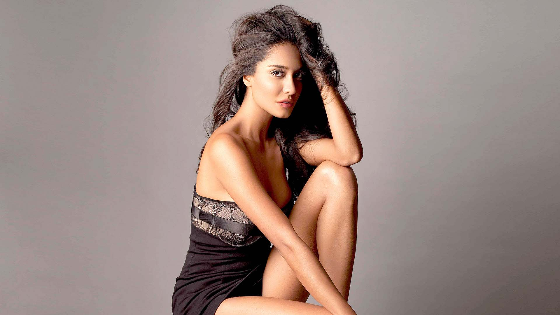 Lisa haydon hot wallpapers