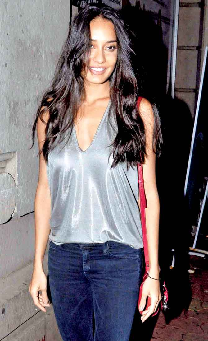 Lisa haydon public photos