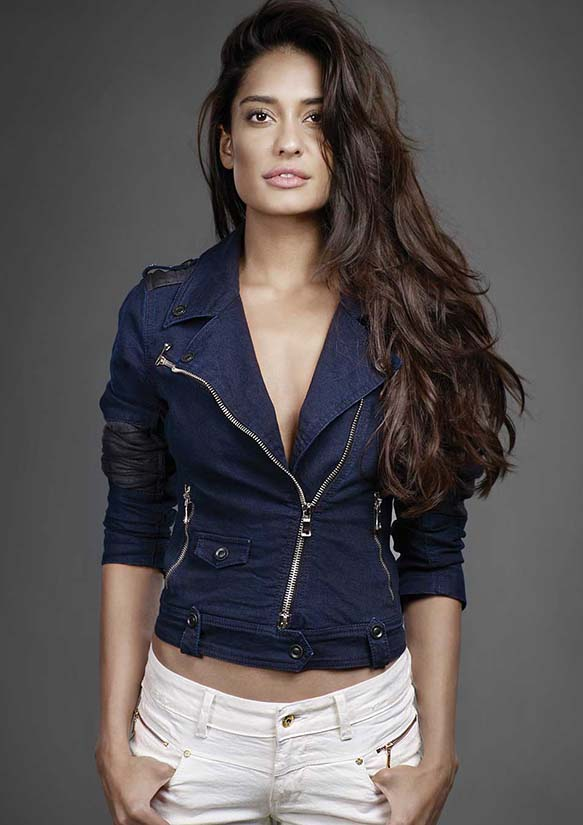 Lisa haydon wallpapers
