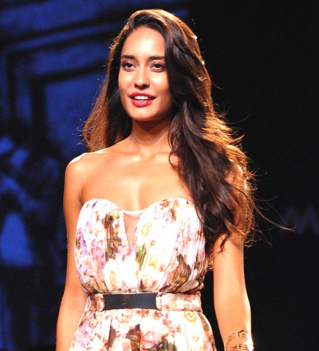 Lisa haydon young pictures