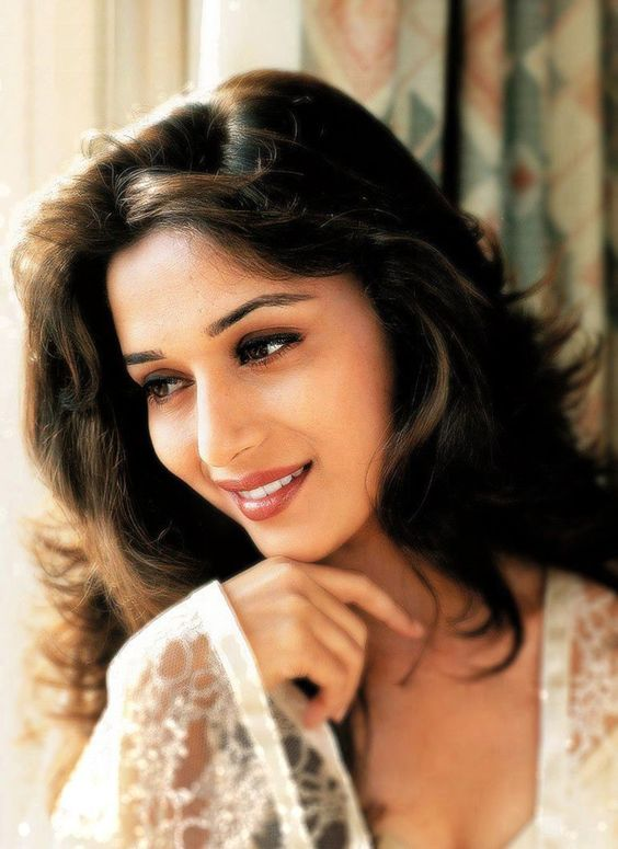Madhuri dixit cute pictures