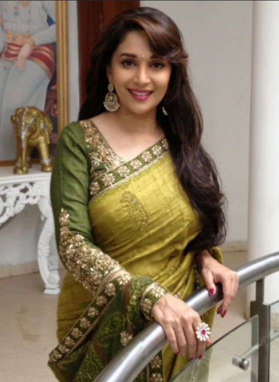Madhuri dixit saree in young photos