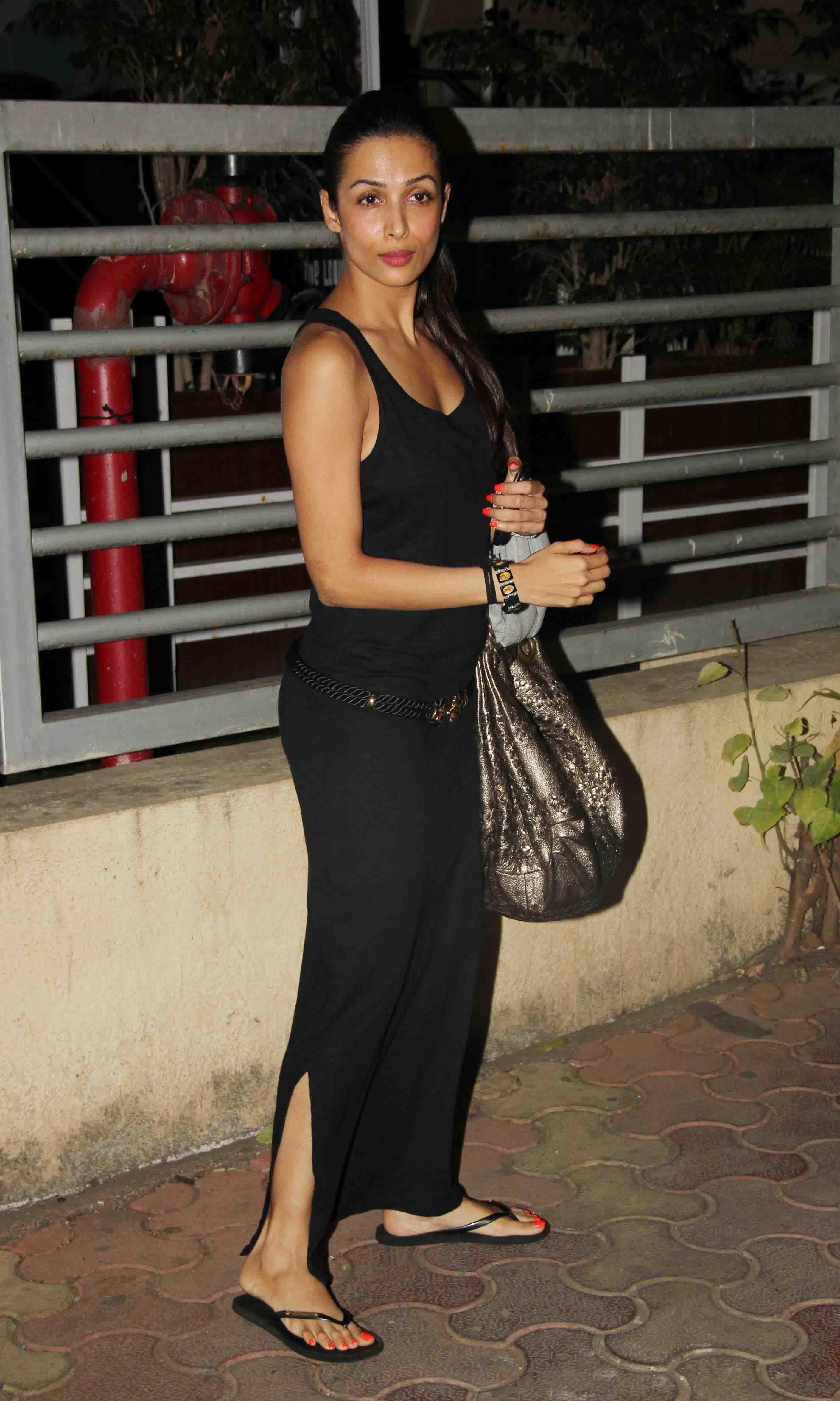 Malaika arora black dress photos