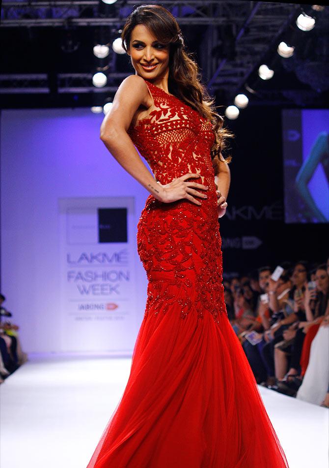 Malaika arora red dress images