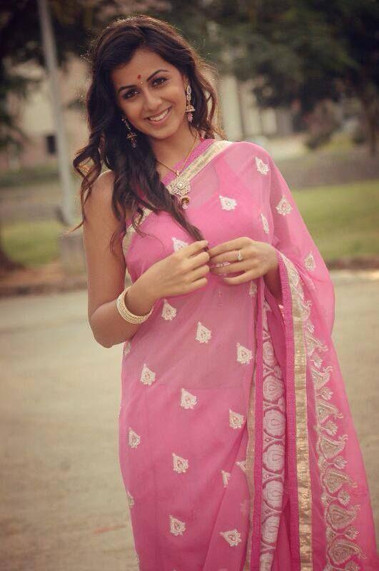 Nikki galrani light pink saree pictures