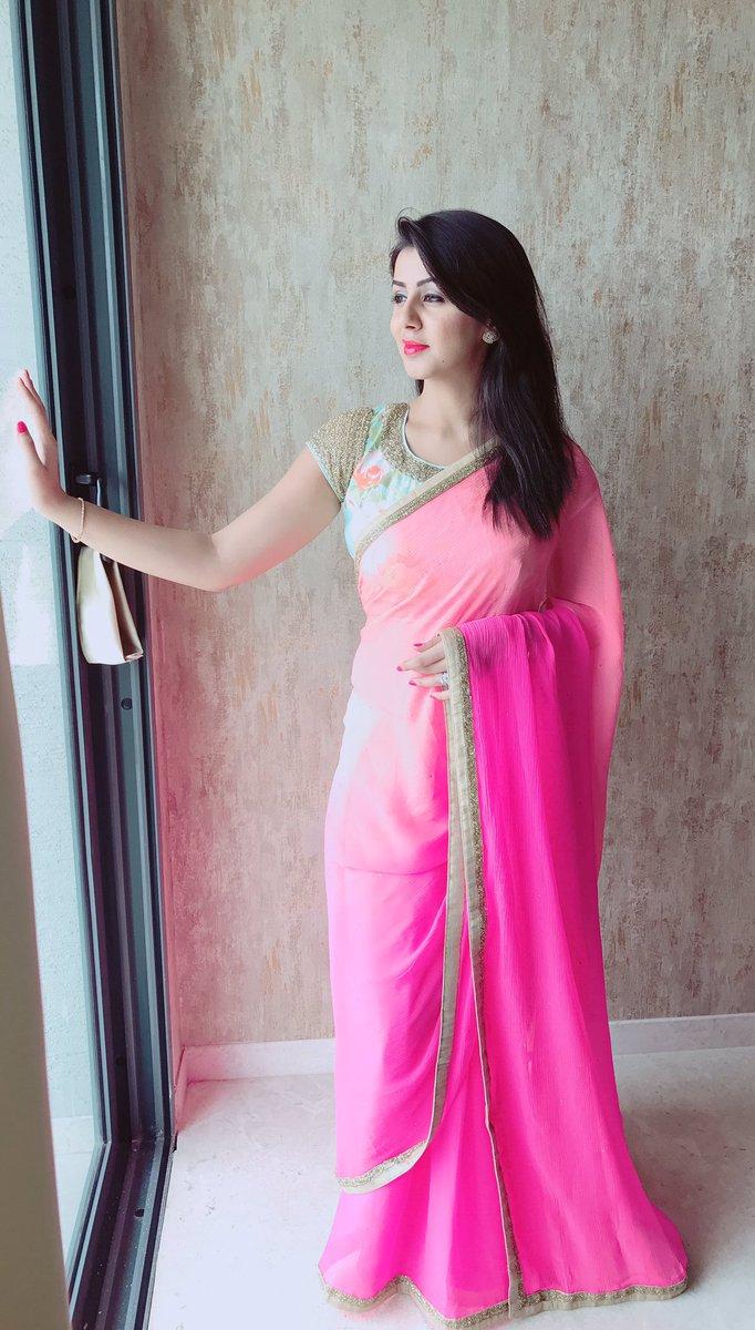 Nikki galrani pink saree pictures