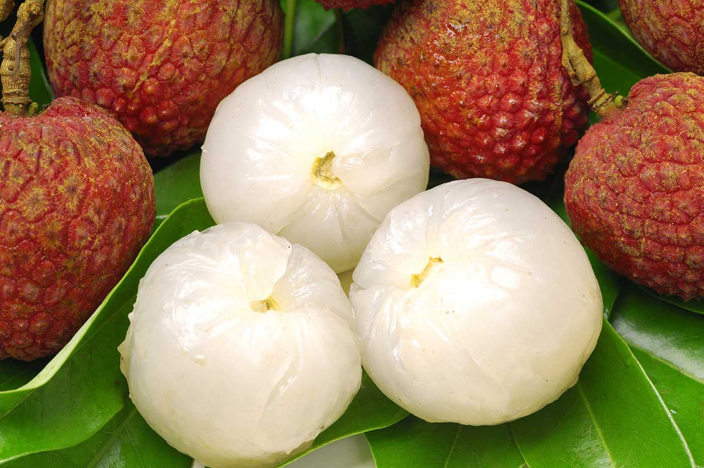 Open litchi fruit pictures
