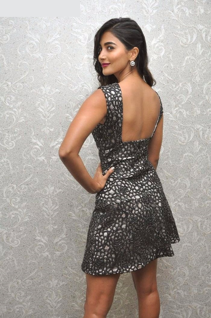 Pooja hegde black dress backless pictures